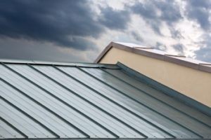 Metal Roofs Protect Against Storms